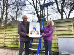 Het nieuwe verkeersbord aan het begin van de Dorpstraat in Oosterwijtwerd