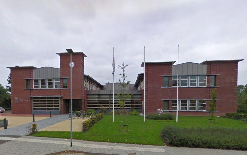gemeentehuis Loppersum gemeenteraad